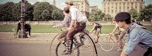 Ride-Beret-Baguette-Paris