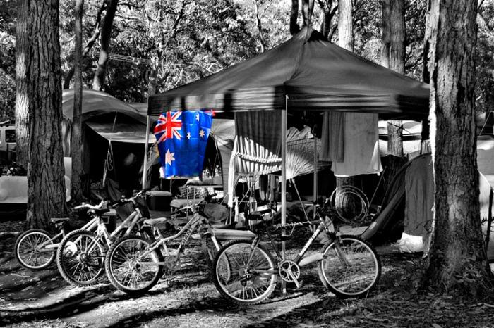 Tent Flag 750