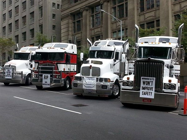 owner-drivers-rsrt-hearing-easter-tradetrucks_600x450