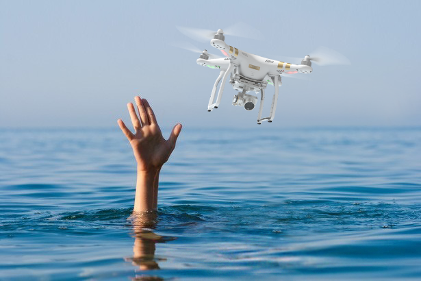 heliguy_illustration-water_damaged_drone