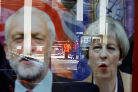 2017-06-07T120240Z_295919693_RC181B8A1940_RTRMADP_3_BRITAIN-ELECTION.jpg